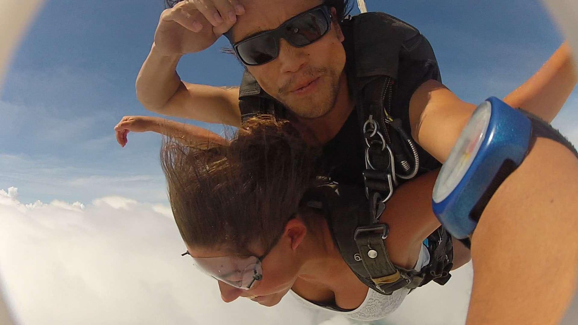 backpacken in australie, skydiven